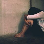 Mannvergewaltigt und versklavt Stieftochter über Jahre (Foto)