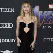 Krass abgemagert! Miley schockt ihre treuen Fans mit Mager-Foto (Foto)