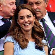 Schock für Herzogin Kate! SIE soll einen Sex-Klub leiten (Foto)