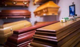In einer ungenutzten Kfz-Werkstatt in Brandenburg sind mehrere Leichen entdeckt worden (Symbolbild). (Foto)