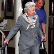 Krankheits-Schock! Muss die Queen jetzt wirklich zurücktreten? (Foto)