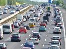 Am Tag der Deutschen Einheit (03.10.), sowie am Wochenende (04.-06.10.) droht auf Deutschlands Autobahnen wieder ein Stau-Chaos. (Foto)