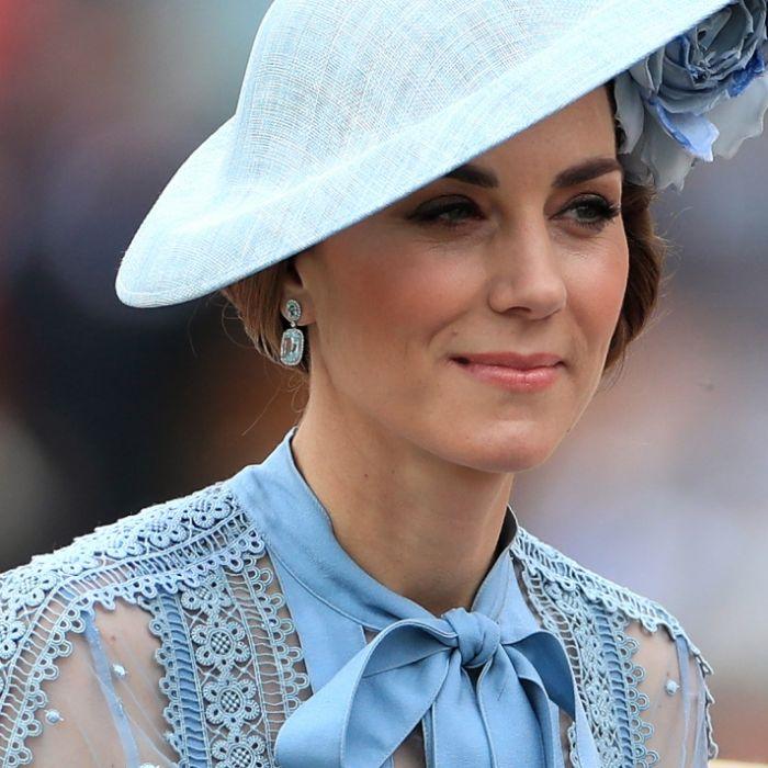 Schonungslos! DAMIT setzte die Queen Herzogin Kate unter Druck (Foto)