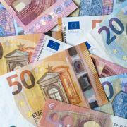 Spar-Irrsinn! So viel Geld verlieren Bankkunden durch Sparen (Foto)
