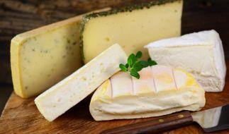 Mehrere Käse müssen wegen Listerien zurückgerufen werden. (Foto)