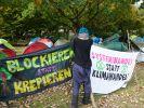Die Gruppe Extinction Rebellion möchte mit Blockaden und zivilem Ungehorsam auf die Klimakatastrophe hinweisen. (Foto)