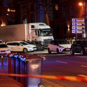 Terror-Ermittlungen nach Lkw-Crash // Wendler-Freundin im Dschungelcamp? // Beatrice Egli mit Busen-Kracher (Foto)