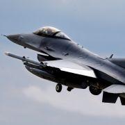 US-Kampfjet abgestürzt - Räumung wird Tage bis Wochen dauern (Foto)