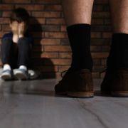 Ein Junge (7) wurde von seinem Lehrer zu Tode geprügelt. (Symbolbild)