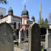 Der Täter soll versucht haben die Türen der Synagoge der jüdischen Gemeinde in Halle/Saale aufzuschießen.