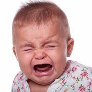 Teenager-Mutter verstößt ihr Baby ohne Augäpfel (Foto)