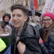 """Wiederholung von """"Jugendliche protestieren"""" online und im TV (Foto)"""