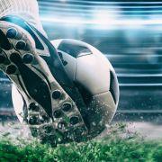 Fußball-Verbände wollen Kriegsbefürworter hart abstrafen (Foto)