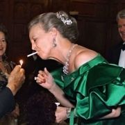 DIESE Royals rauchen heimlich! (Foto)