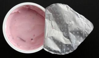 Zott ruft mehrere Sahnejoghurt-Produkte zurück. (Symbolbild) (Foto)