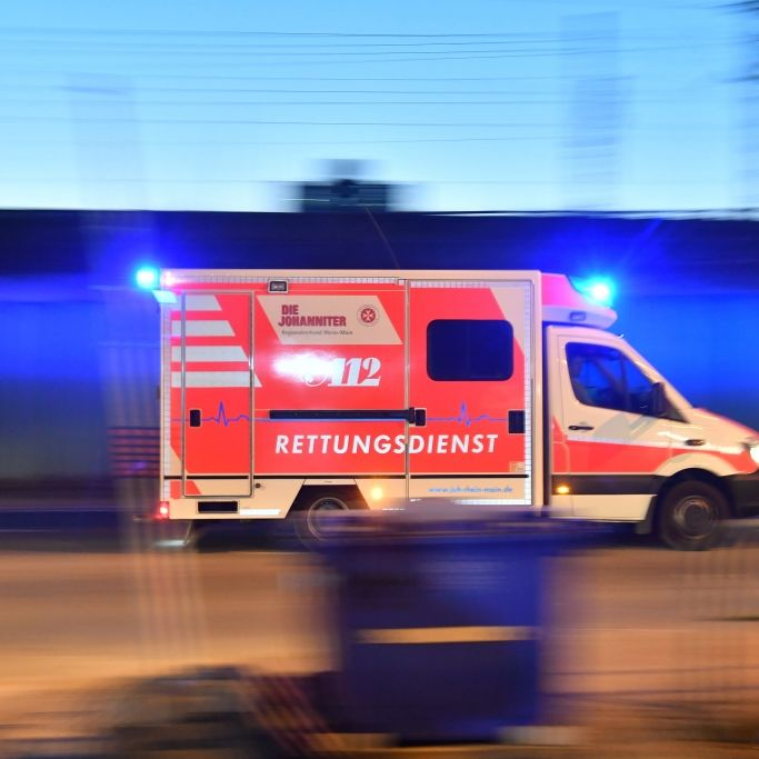 Amok-Fahrt mit geklautem Krankenwagen - Dieb handelte wohl spontan (Foto)