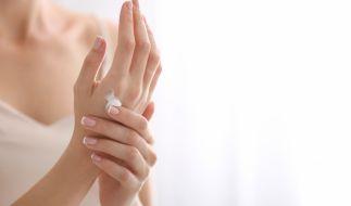 Einige Handcremes enthalten Schadstoffe. (Foto)
