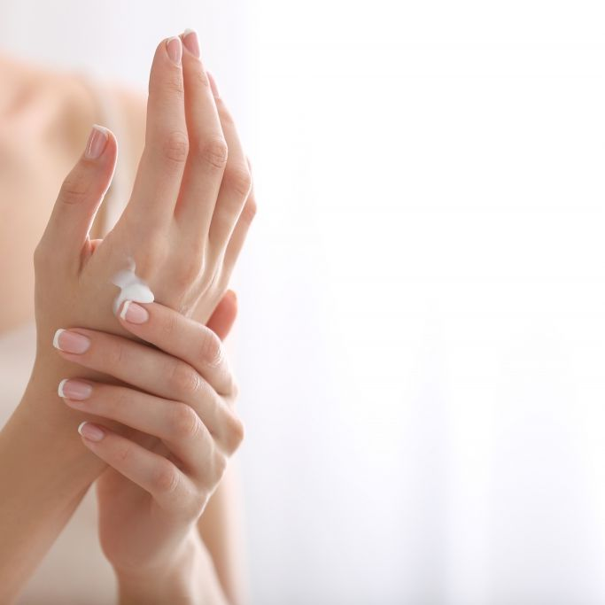 Gefährlich! DIESE Handcremes enthalten krebserregende Stoffe (Foto)