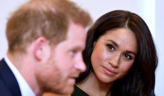 Prinz Harry und seine Frau Meghan Markle mussten sich nach der TV-Doku zu ihrer Südafrika-Reise viel Kritik anhören. (Foto)