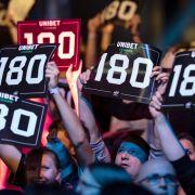 """""""Voltage"""" Rob Cross ist Europameister nach Sieg gegen """"Iceman"""" Gerwyn Price (Foto)"""