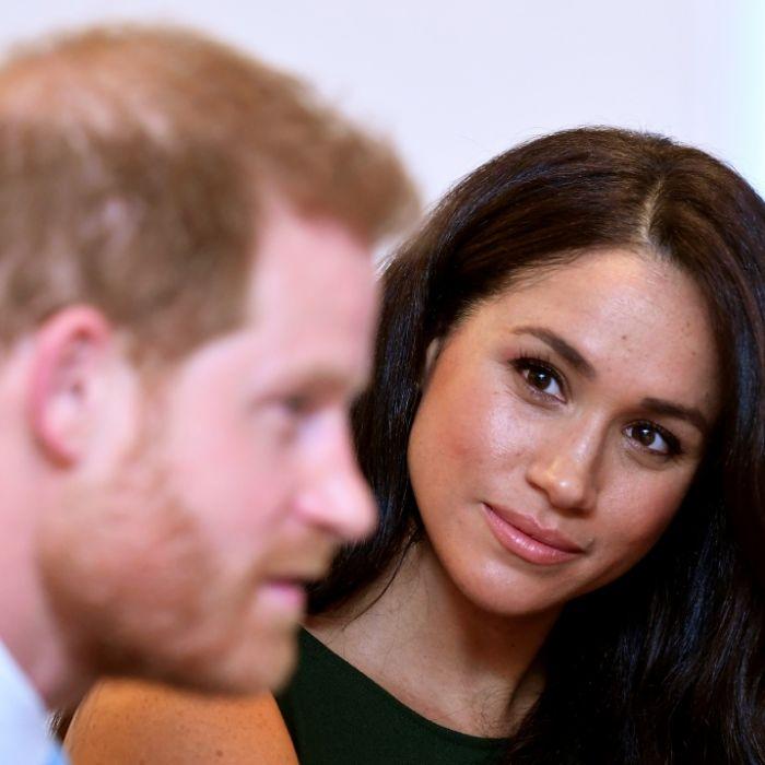 Plötzlich getrennt! Prinz Harry lässt Herzogin Meghan sitzen (Foto)