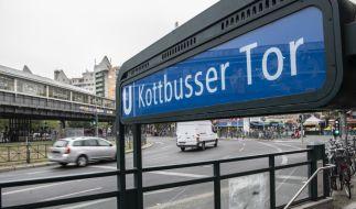 Am U-Bahnhof Kottbusser Tor kam es zu einem schrecklichen Unfall. (Foto)