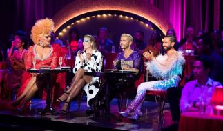 """Bei """"Queen of Drags"""" versuchen zehn Kandidatinnen die Jury zu überzeugen. (Foto)"""