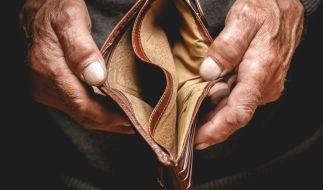 Rentner in Deutschland müssen immer mehr Steuern zahlen. (Foto)