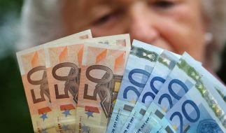 Mit der Grundrente sollen Rentner ab 2021 einen Zuschlag bekommen, die 35 Beitragsjahre haben und deren Beitragsleistung unter 80 Prozent, aber über 30 Prozent des Durchschnittseinkommens liegt. (Foto)
