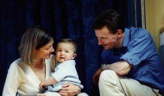Das dänische Prinzenpaar der Neuzeit: Prinzessin Alexandra und Prinz Joachim, mit ihrem Sohn Nikolaj (Foto)