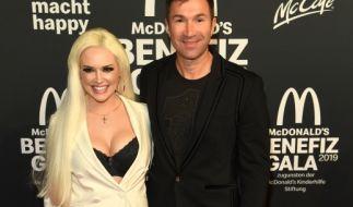 Daniela Katzenberger und Ehemann Lucas Cordalis lieferten sich bei derBenefiz-Gala für die McDonald's Kinderhilfe Stiftung einen heftigen Schlagabtausch. (Foto)