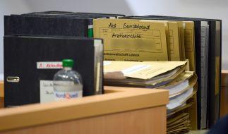 Am Lübecker Landgericht ist das Urteil gegen eine 49 Jahre alte Mutter aus dem Kreis Ostholstein gefallen, die ihre vier gesunden Kinder bei Ärzten und Behörden als schwer krank dargestellt haben soll, um Sozialleistungen zu kassieren. (Foto)