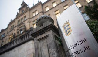 Am Landgericht Tübingen beginnt der Prozess gegen einen 37-Jährigen, der Mütter zum sexuellen Missbrauch von Kindern angestiftet haben soll (Symbolbild). (Foto)