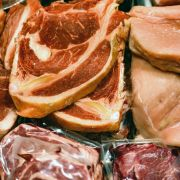 Vorsicht, Glassplitter! Hersteller ruft DIESE Fleischprodukte zurück (Foto)