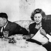 Hitler unterm Hammer! HIER werden Nazi-Devotionalien verhökert (Foto)