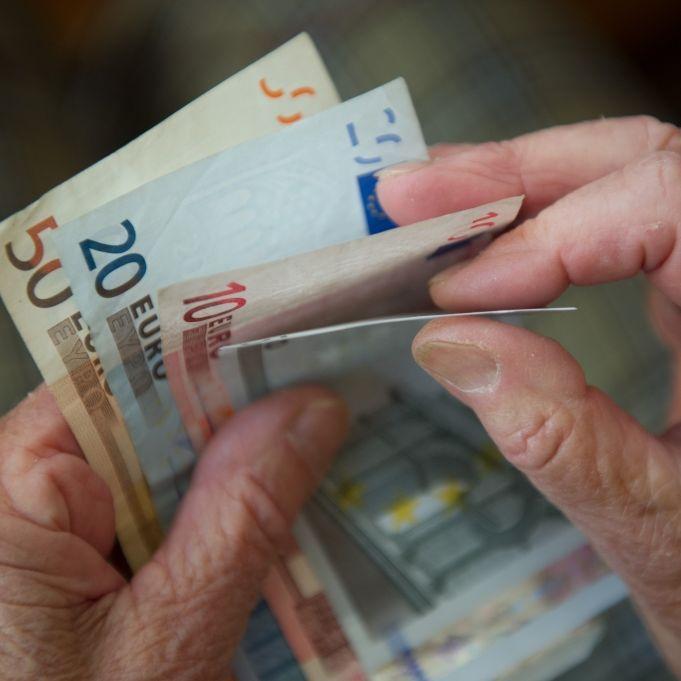Klaffende Versorgungslücke! Was tun gegen Armut im Rentenalter? (Foto)