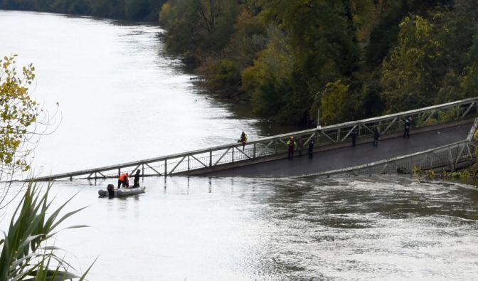Brücke in Frankreich eingestürzt