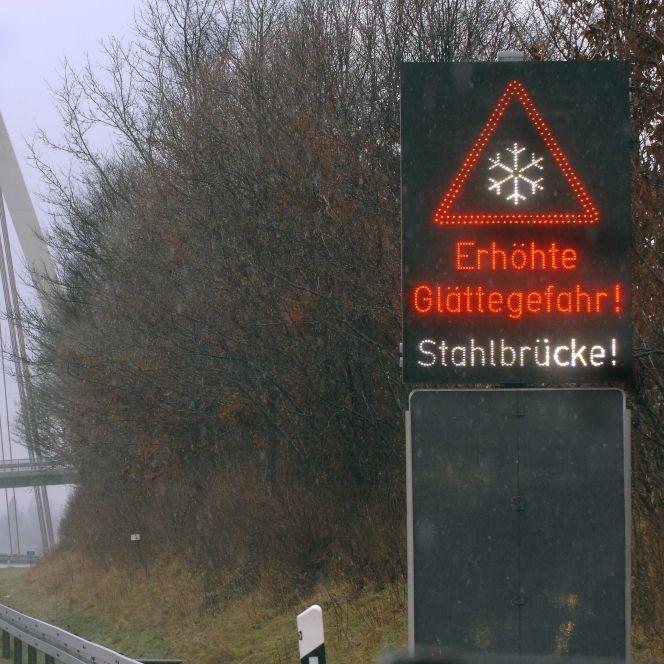 Glätte, Nebel und Frost! Wintereinbruch in Deutschland (Foto)