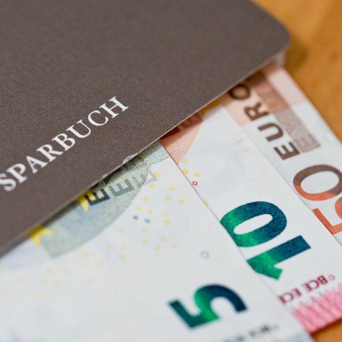 Minuszins kostet deutsche Sparer MILLIARDEN Euro (Foto)