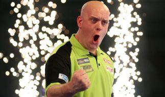 Bevor Michael van Gerwen zur Nummer 1 der Dartswelt wurde, hatte der Niederländer einen echt bodenständigen Job. (Foto)