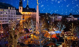 In Luxemburg wurde ein Mädchen (2) auf dem Weihnachtsmarkt von einer Eisskulptur erschlagen. (Foto)