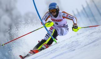 Christina Ackermann legt beim Ski-alpin-Weltcup 2019/20 volle Konzentration an den Tag. (Foto)