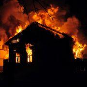 Mädchen (10) stirbt bei Feuer, vermisste Schwester (4) ebenfalls tot (Foto)