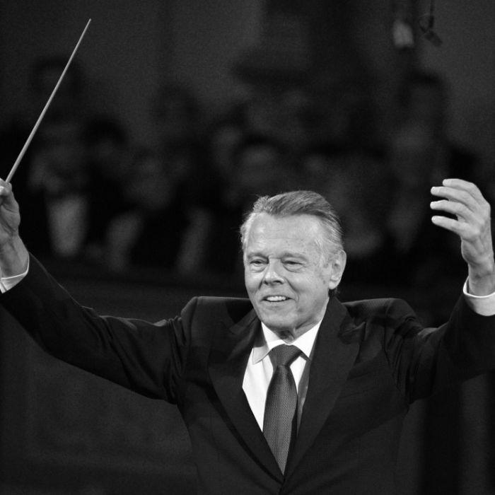 Nach langer Krankheit: Star-Dirigent mit 76 Jahren verstorben (Foto)
