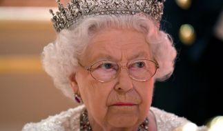 Queen Elizabeth II: Erneut gibt es Nachrichten über ihren angeblichen Tod. (Foto)
