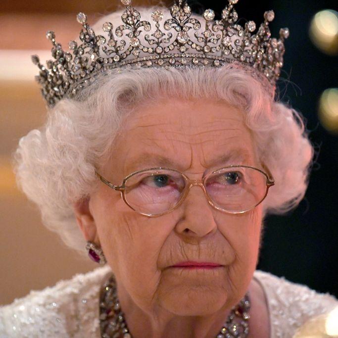 Schockierende Todes-Nachricht! Ist die Queen etwa tot? (Foto)