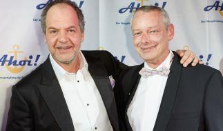 Harry Schulz (rechts) mit Schauspieler Marek Erhardt 2013 bei einem Neujahrsempfang. (Foto)