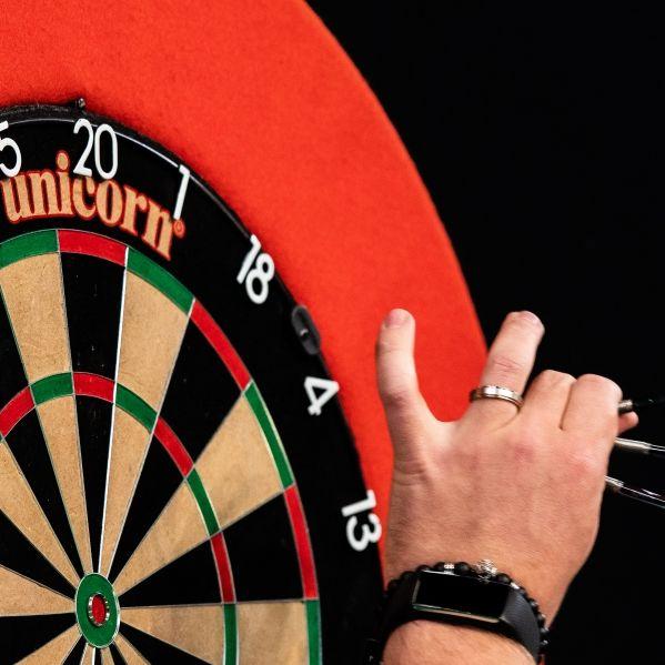 Von Nine Darter und 180 bis White Wash - DIESE Vokabeln sollten Darts-Zuschauer kennen (Foto)