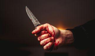 In Köln-Dünnwald ist ein Mitarbeiter der Stadt von einem Messerangreifer niedergestochen und getötet worden (Symbolbild). (Foto)