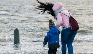 An der deutschen Nordseeküste zeigte sich das Wetter am 3. Advent von seiner stürmischen Seite. (Foto)